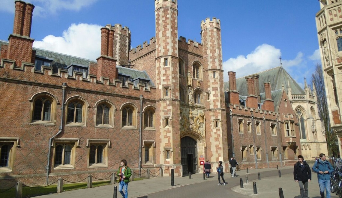 colleges in cambridge
